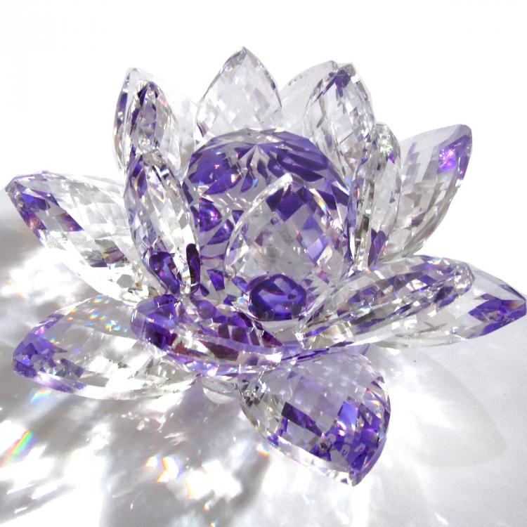 https://cdn.brasilesoterico.com/imagens_produtos/gd_204-6-210224170204000000-flor-de-lotus-de-cristal-brilhante-11-cm---6-opcoes-cores.jpg