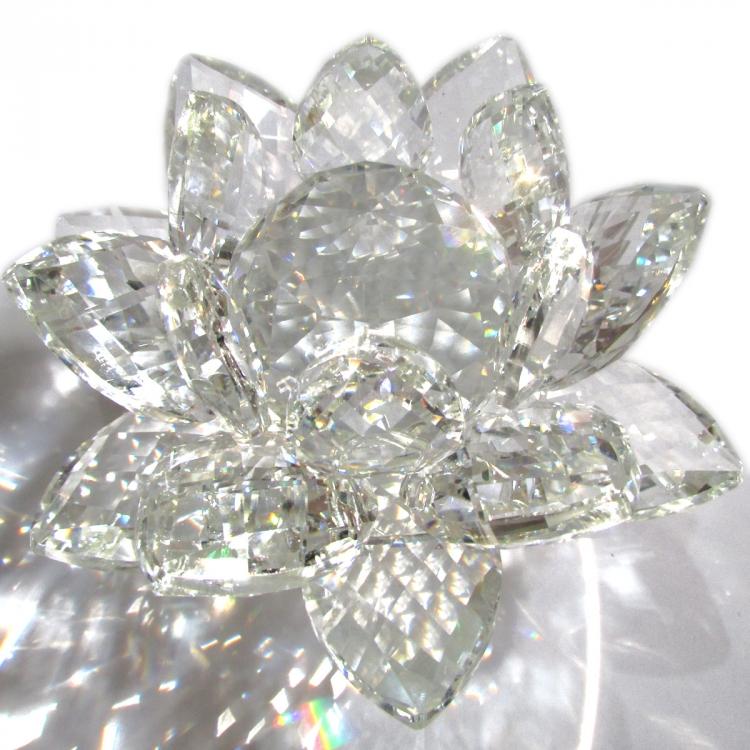 https://cdn.brasilesoterico.com/imagens_produtos/gd_204-8-210224170207000000-flor-de-lotus-de-cristal-brilhante-11-cm---6-opcoes-cores.JPG