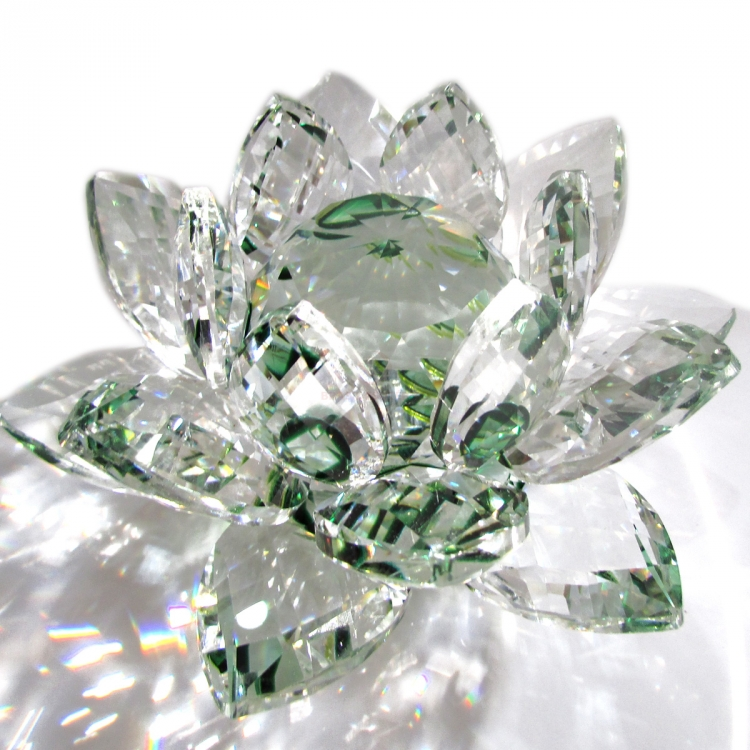 https://cdn.brasilesoterico.com/imagens_produtos/gd_204-9-210224170209000000-flor-de-lotus-de-cristal-brilhante-11-cm---6-opcoes-cores.JPG