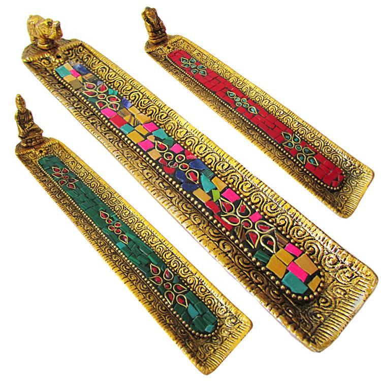 https://cdn.brasilesoterico.com/imagens_produtos/gd_8885-0-210819090841000000-incensario-indiano-regua-em-metal-dourado-20cm---modelos-sortidos.jpg