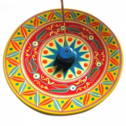 https://cdn.brasilesoterico.com/imagens_produtos/md_1334-0-210415100448000000-incensario-peruano-em-ceramica-10-cm---cores-sortidas.jpg