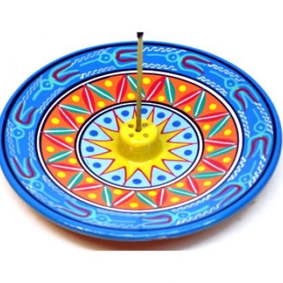https://cdn.brasilesoterico.com/imagens_produtos/md_1863-1-200205100243000000-incensario-peruano-artesanal-g-13cm-cores-sortidas.jpg