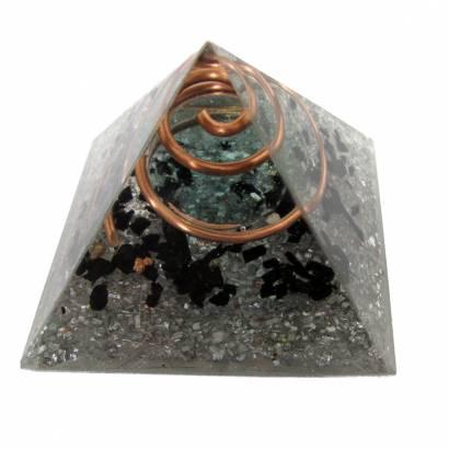 https://cdn.brasilesoterico.com/imagens_produtos/md_3229-0-210302170318000000-orgonite-piramide-p-6-5-cm---aspiral-em-cobre.jpg