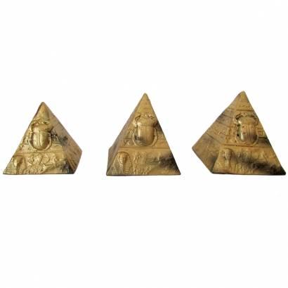 https://cdn.brasilesoterico.com/imagens_produtos/md_658-2-201119141125000000-trio-de-piramides-egipcias-8-cm.jpg