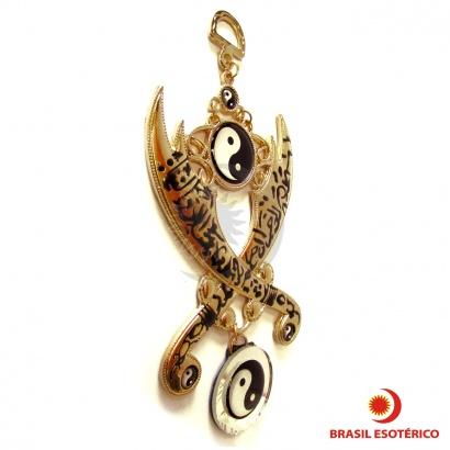 https://cdn.brasilesoterico.com/imagens_produtos/md_665-0-201005081003000000-amuleto-de-protecao-e-equilibrio-yin-yang-17cm-espada-arabe.jpg
