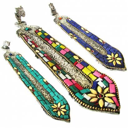 https://cdn.brasilesoterico.com/imagens_produtos/md_8835-0-210818140846000000-incensario-indiano-pena-em-metal-prateado-20cm---modelos-sortidos.jpg
